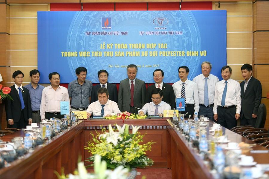 Petrovietnam and vinatex sign agreement on dinh vu - Appartement renove hanoi hung manh tran ...